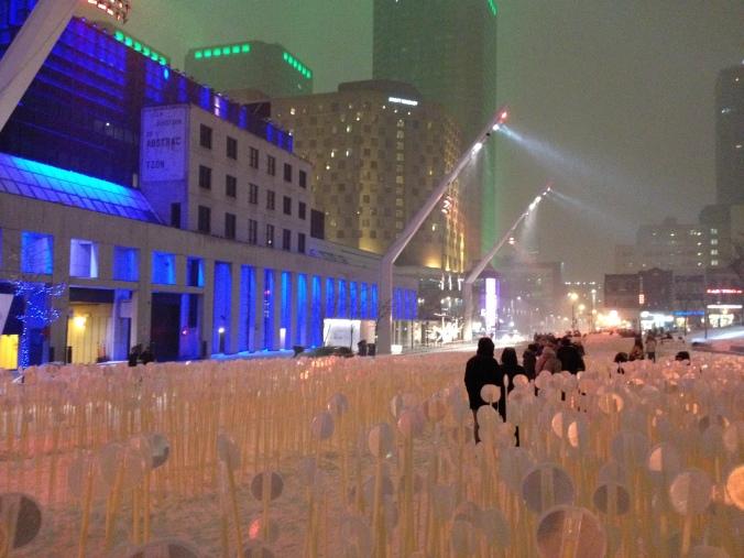 Luminothérapie à la Place des Arts./ Photo DR Lexie Swing