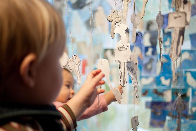 Bébés au musée./ Photo Les musées de la civilisation