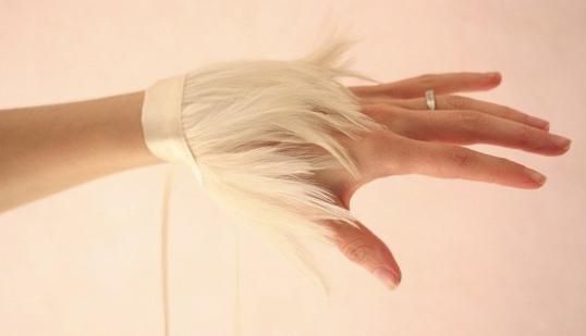 Gants de soie./ Création Vanessa Lekpa