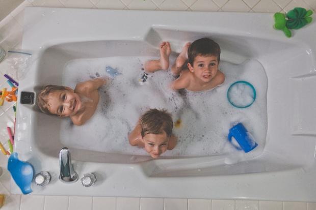 L'heure du bain./ Photo Allan Foster