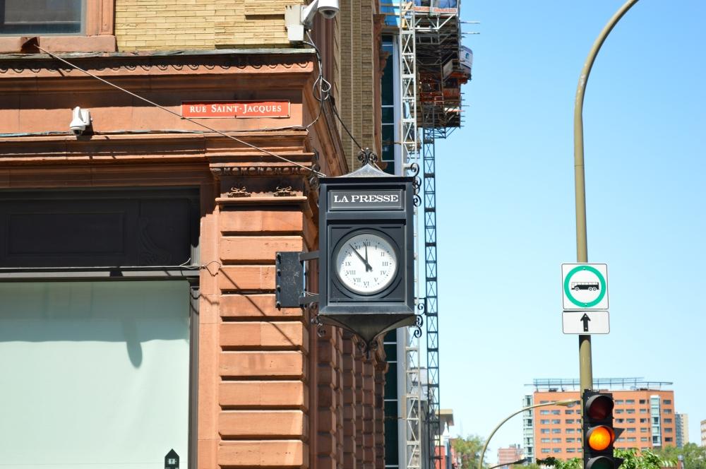L'horloge du journal La presse./ Photo DR Lexie Swing
